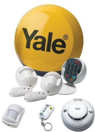 Yale HSA6200 Standard Wirefree Alarm Bundle with Extra Keyfob, Smoke Detector & PIR Motion Sensor Worth £190