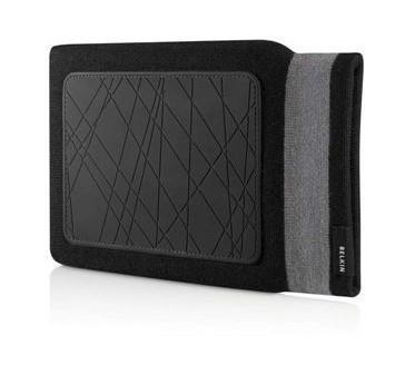 "Belkin 10"" Netbook Knitted Black Sleeve was £14.99"